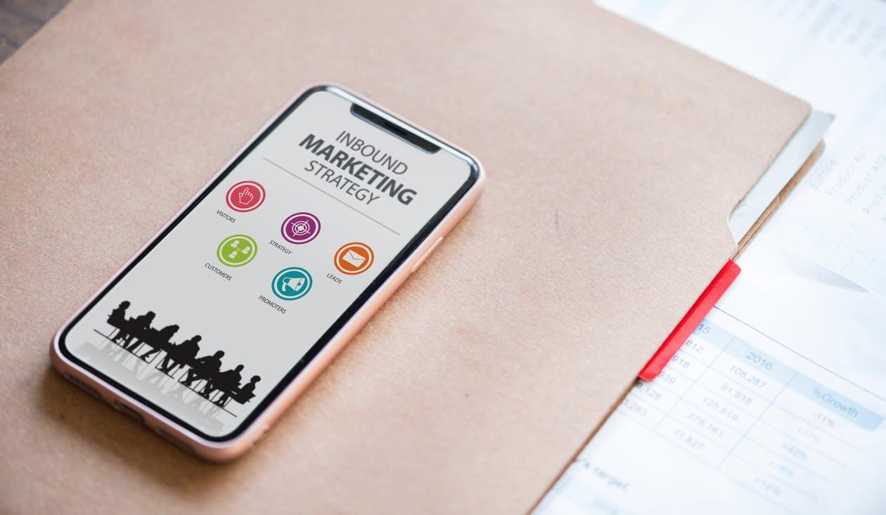 cellphone with inbound marketing display